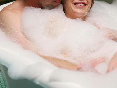 カップルで風呂